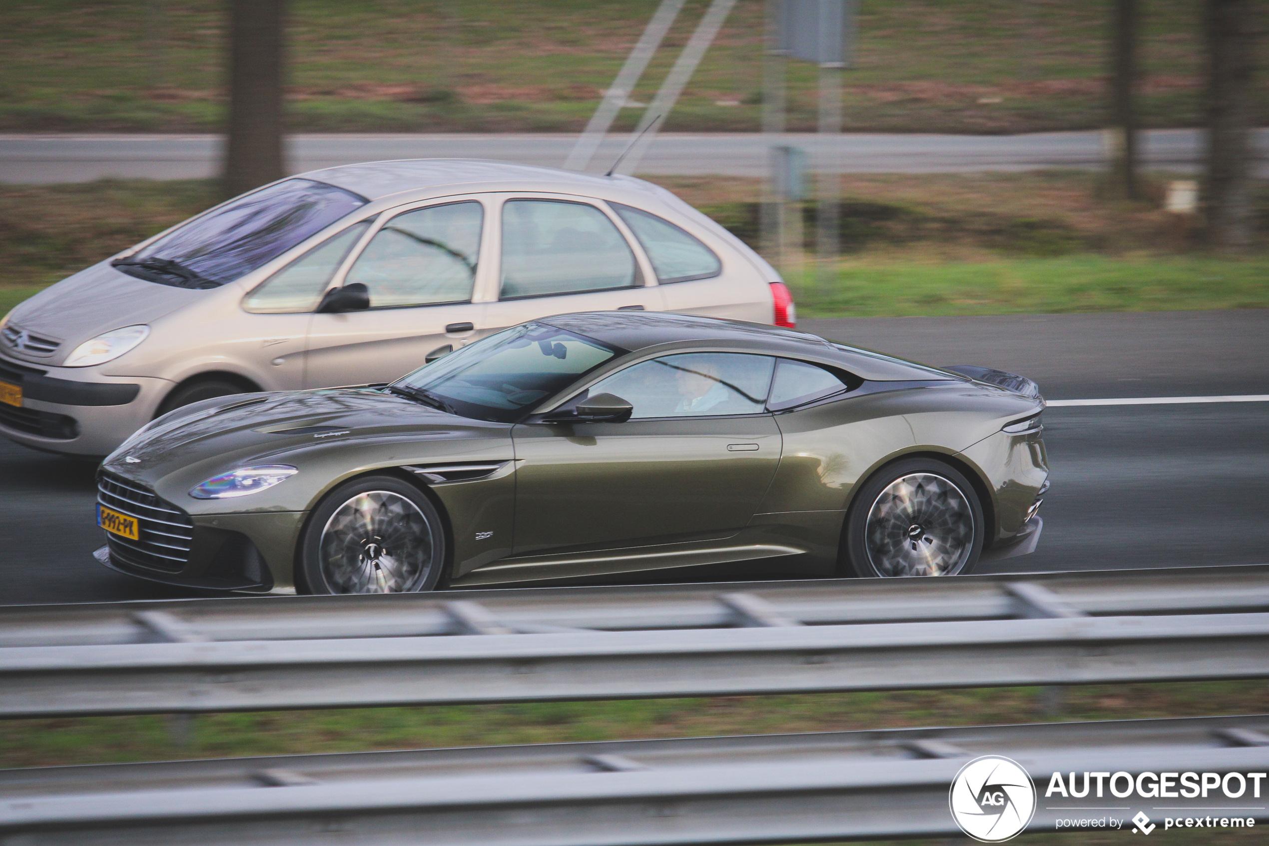Aston Martin Dbs Superleggera Ohmss Edition 11 Januar 2020 Autogespot