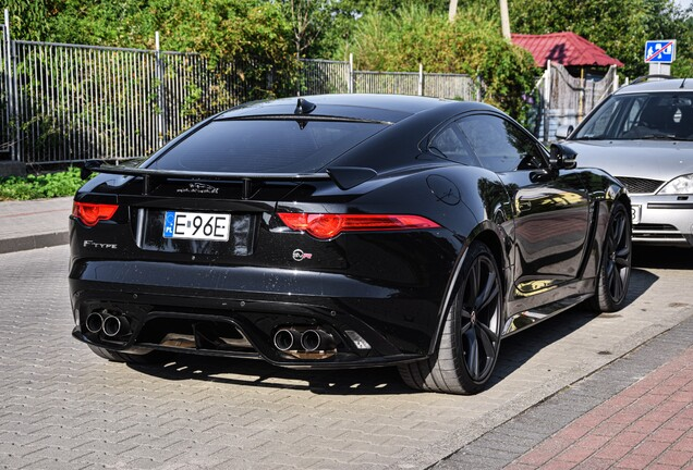 Jaguar F-TYPE SVR Coupé