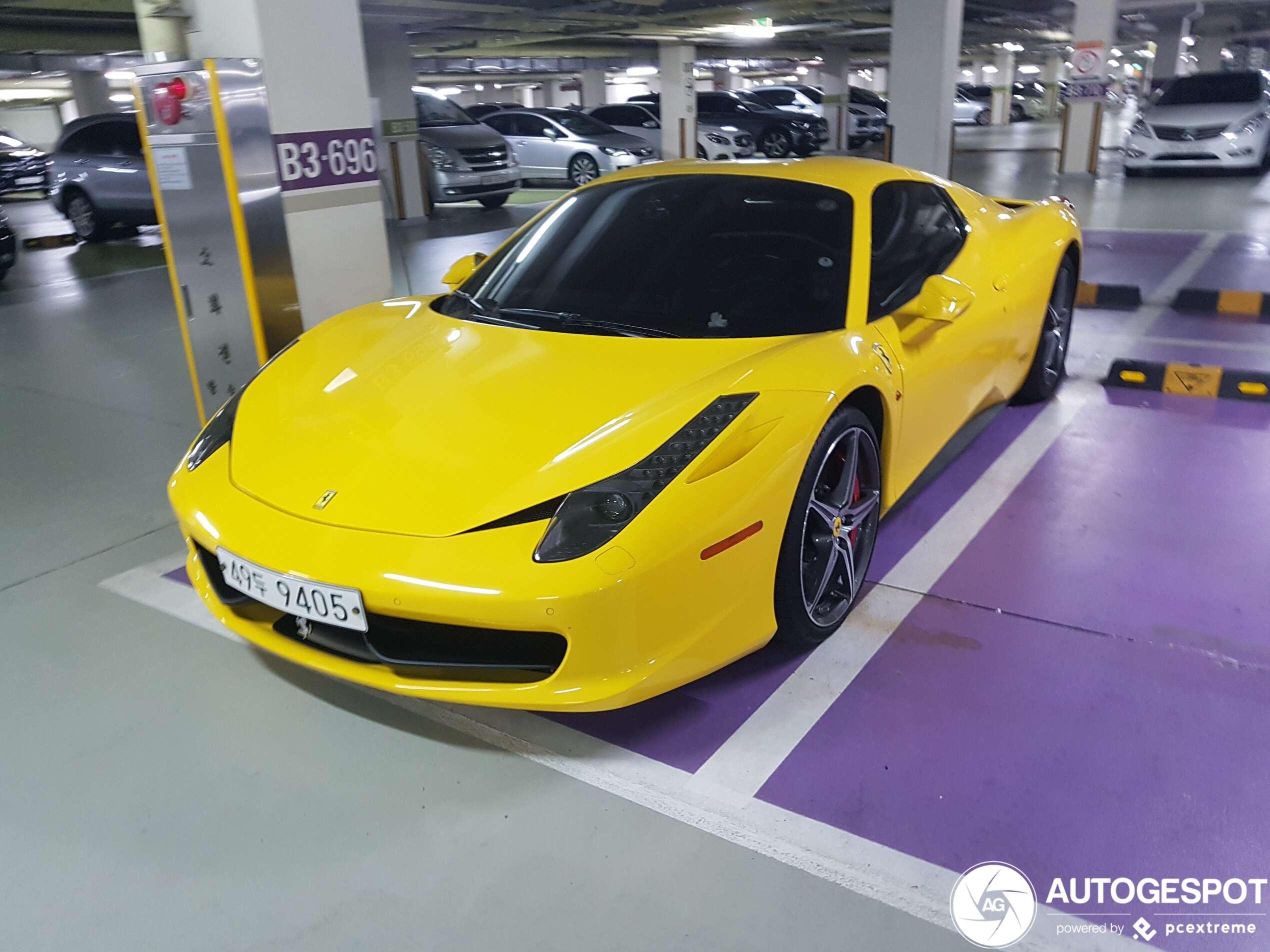 Ferrari 458 Spider - 12 January 2020 - Autogespot