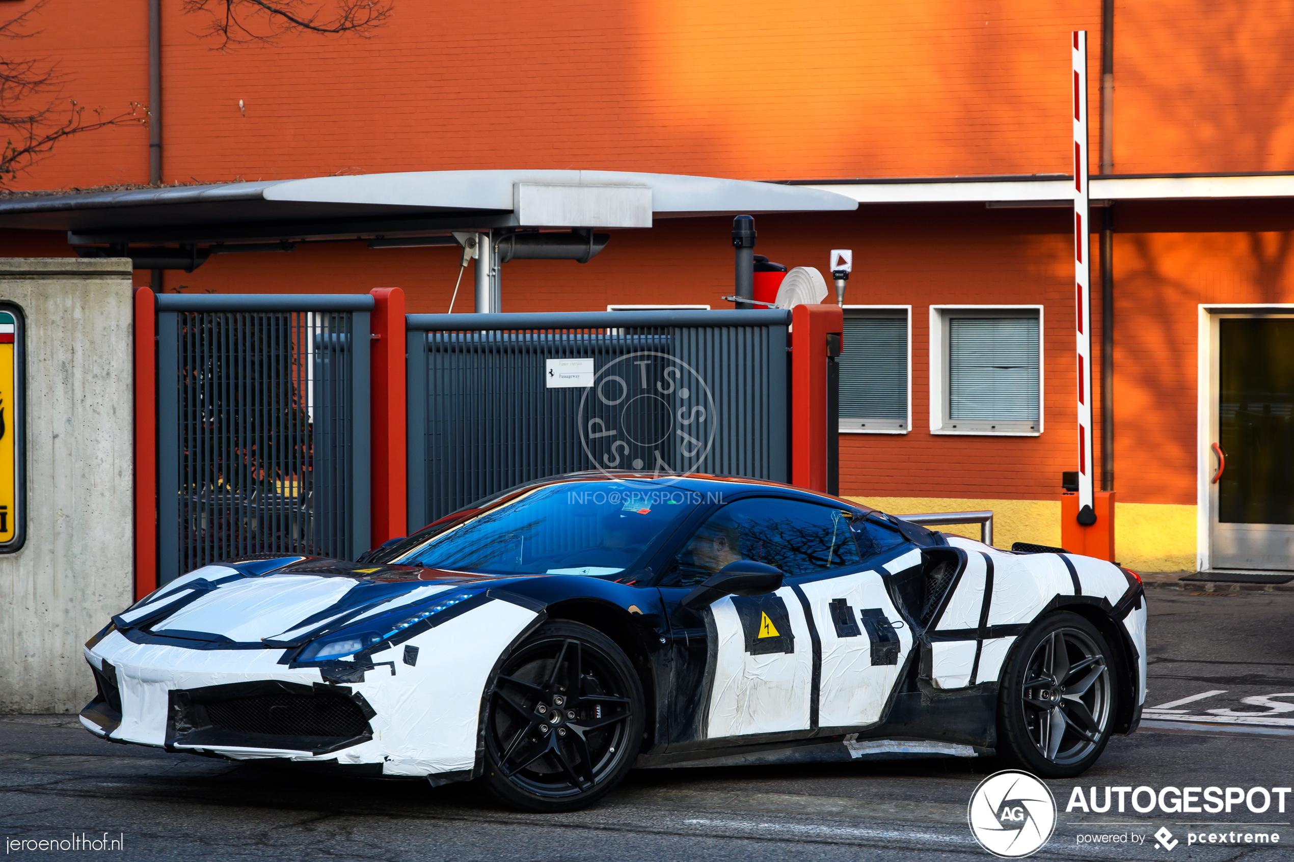2021 Ferrari Híbrido 14