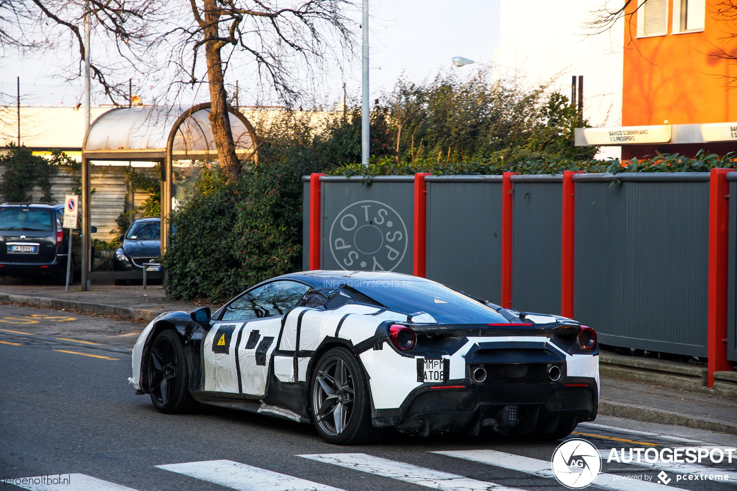 Wat spookt Ferrari uit met deze SF90 Stradale Mule?