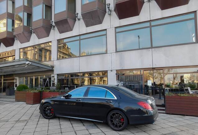 Mercedes-AMGS 63 V222