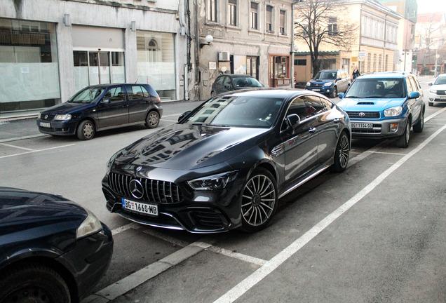Mercedes-AMGGT 63 X290