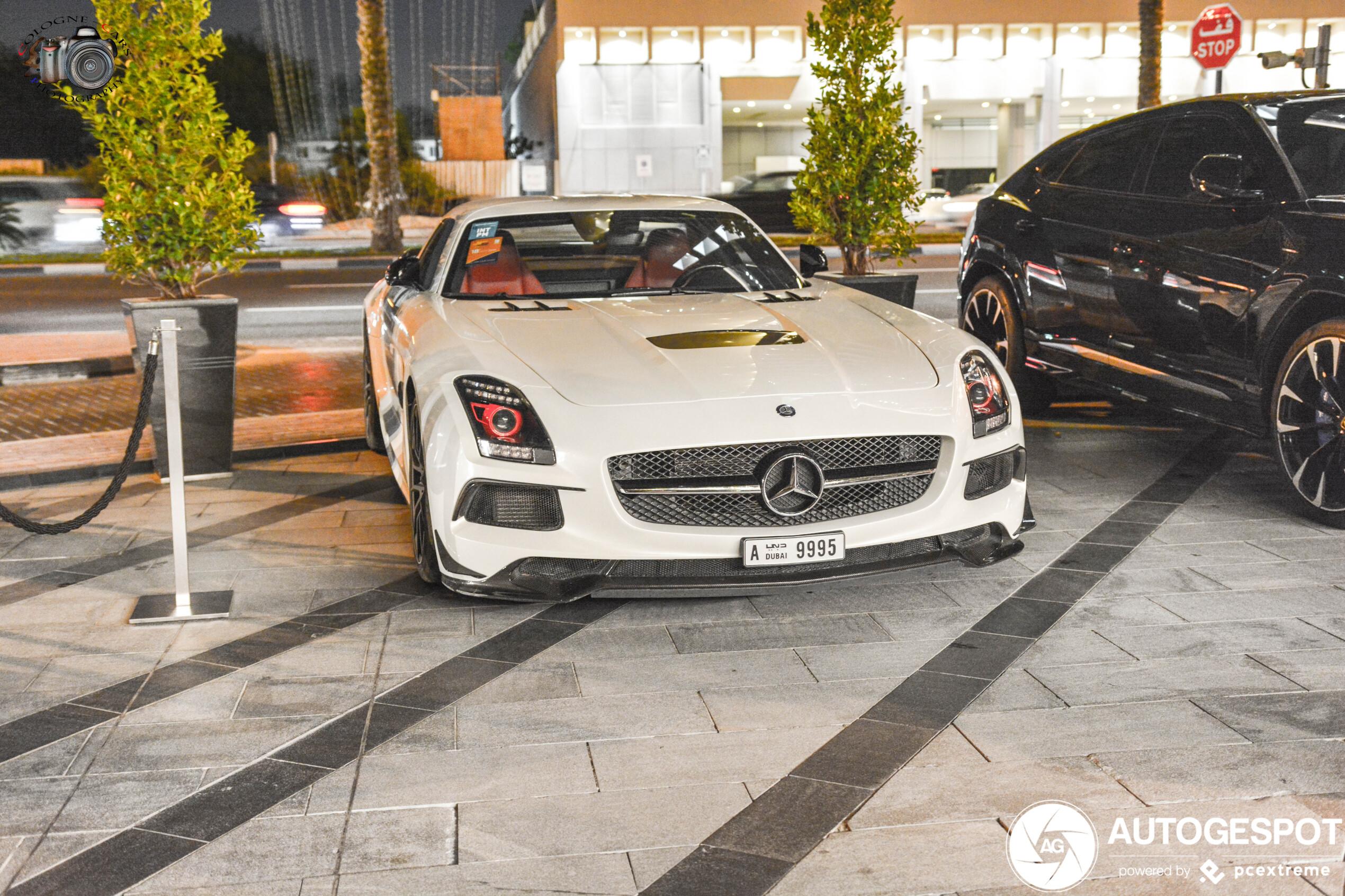 Mercedes-Benz SLS AMG Black Series heeft het rood voor z'n ogen