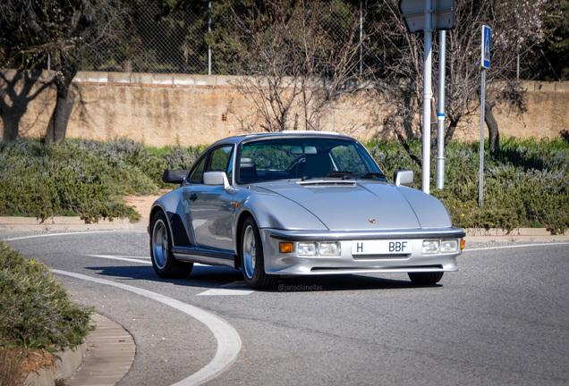 Porsche 930 Turbo Flatnose