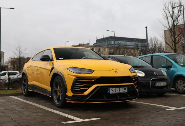 Lamborghini Urus Topcar Design