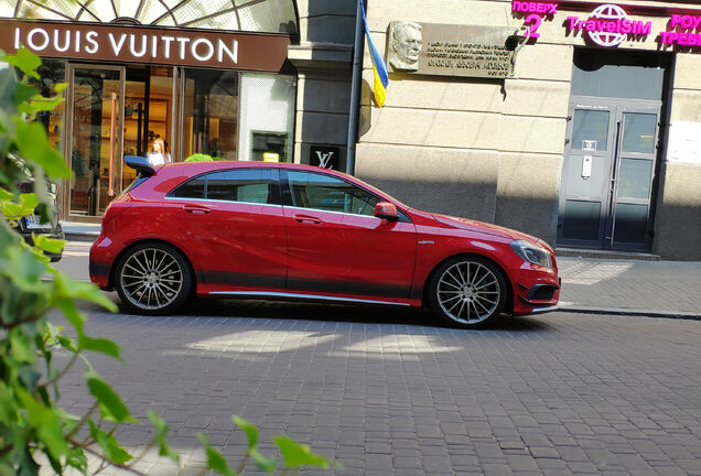 Mercedes-Benz A 45 AMG Edition 1