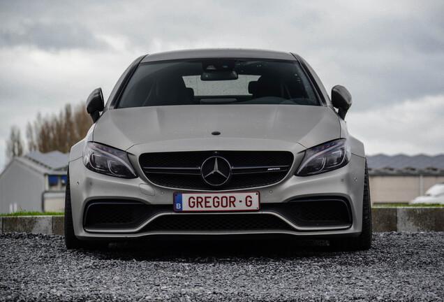 Mercedes-AMGC 63 S Coupé C205