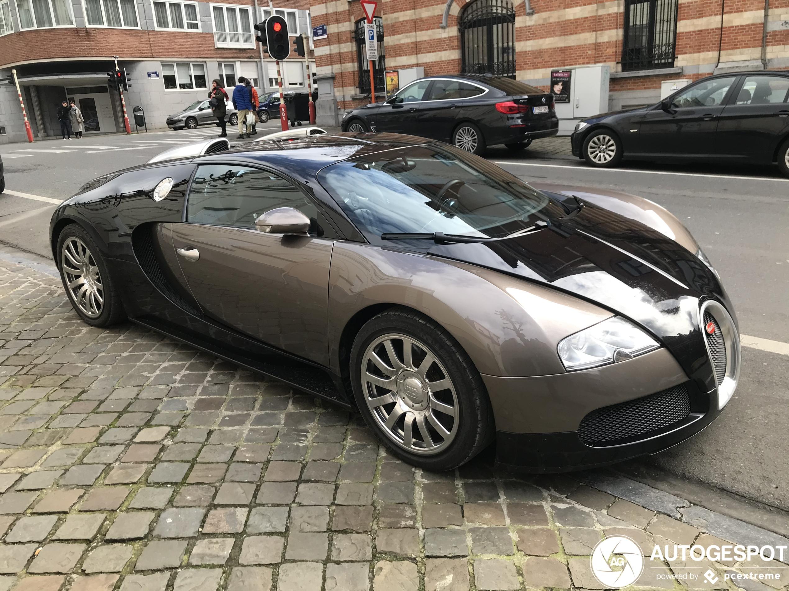 Bugatti Veyron 16.4 mocht weer eens de wielen laten rollen