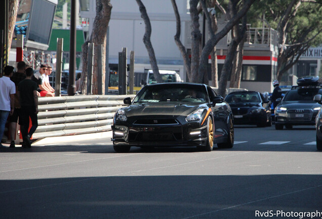 Nissan GT-R HKS GT800
