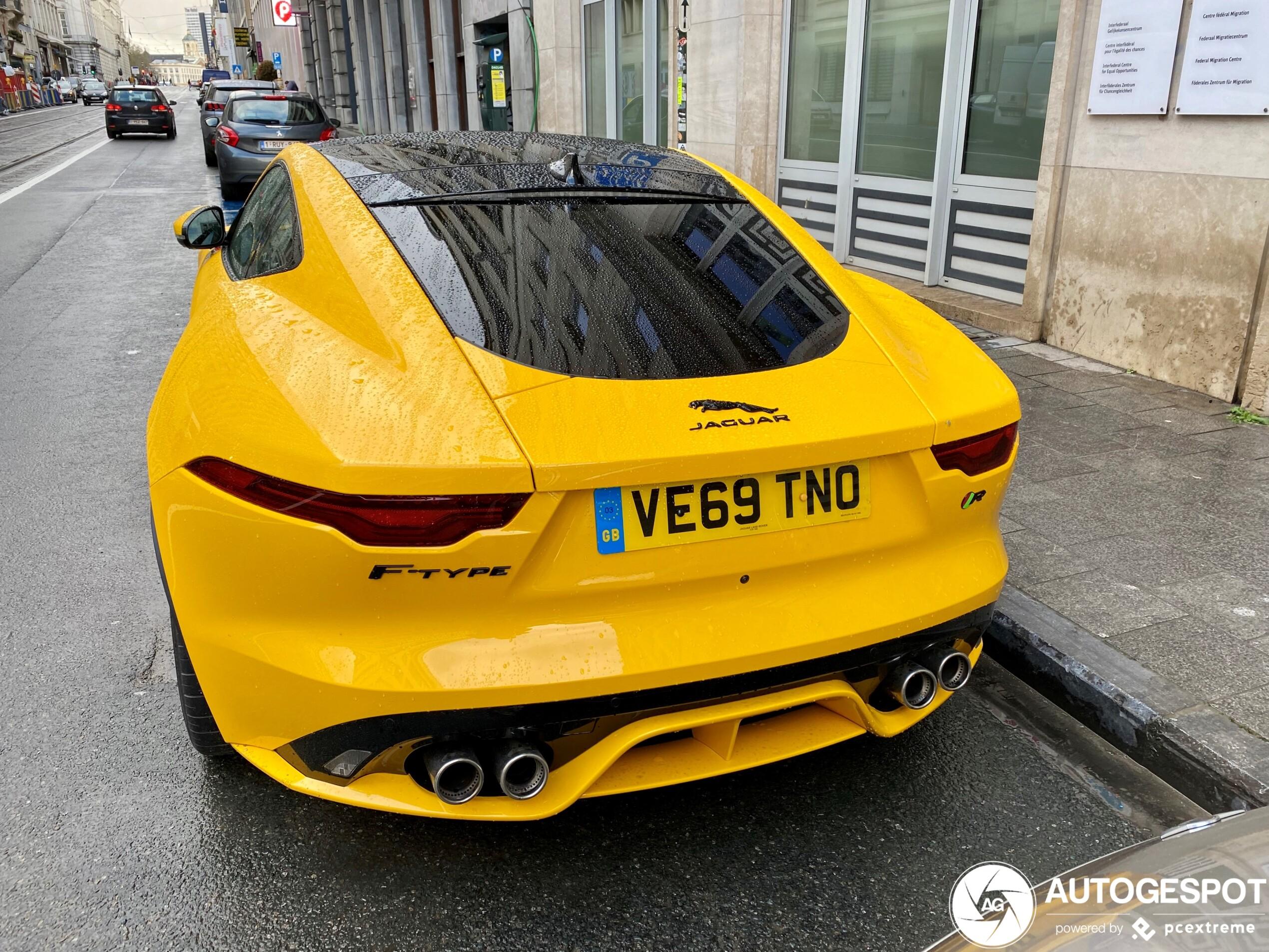 Nieuwe Jaguar F-TYPE R Coupé is het zonnetje in Brussel