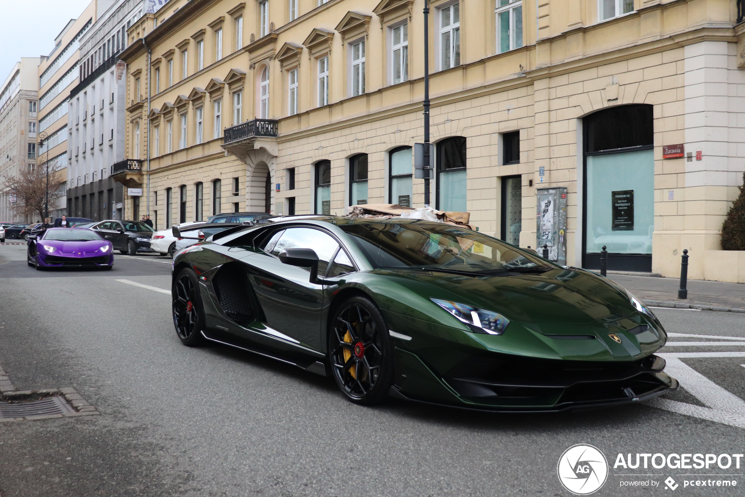 Lamborghini legt volledige productie stil