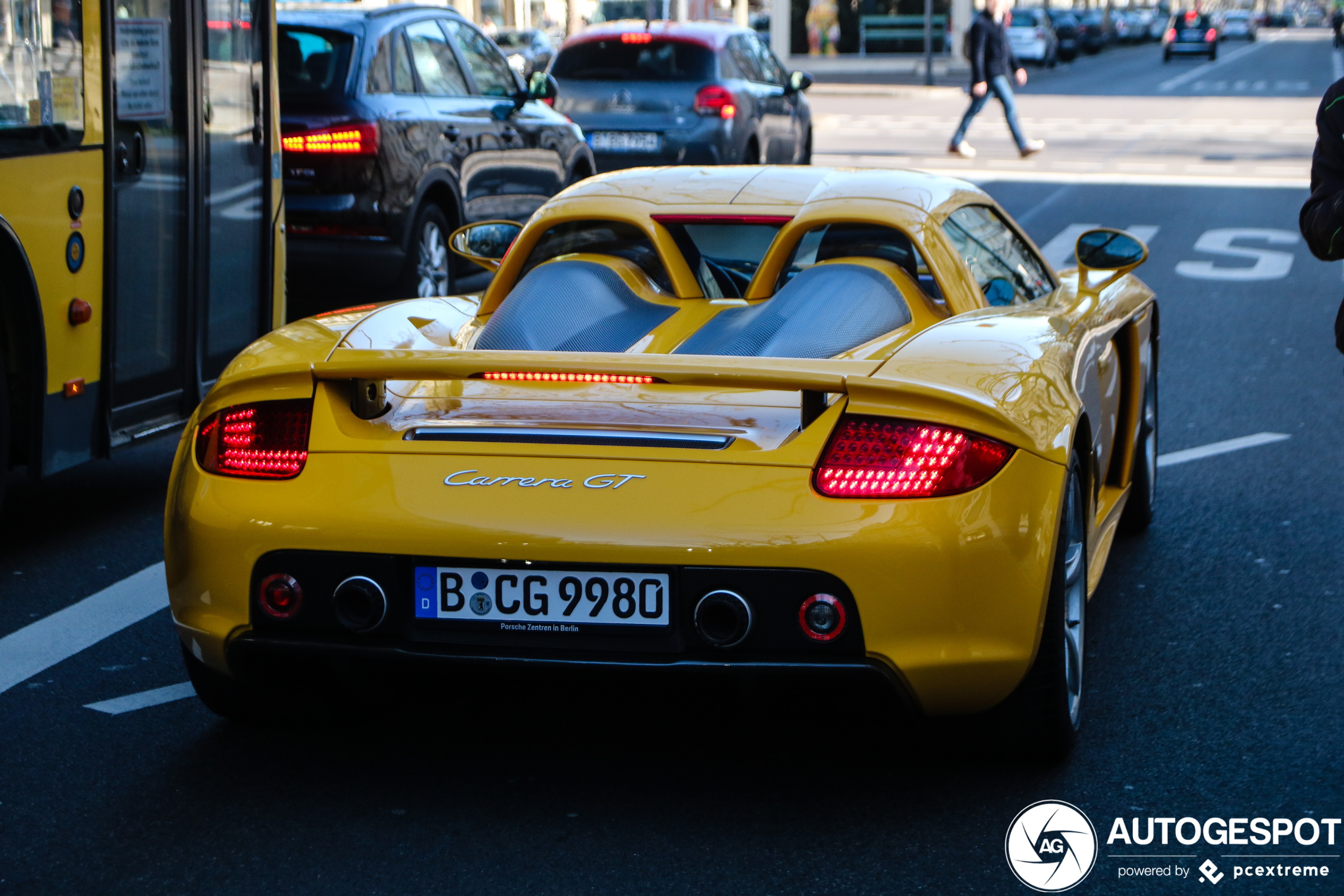 Yellow Porsche Carrera GT brightens up your day
