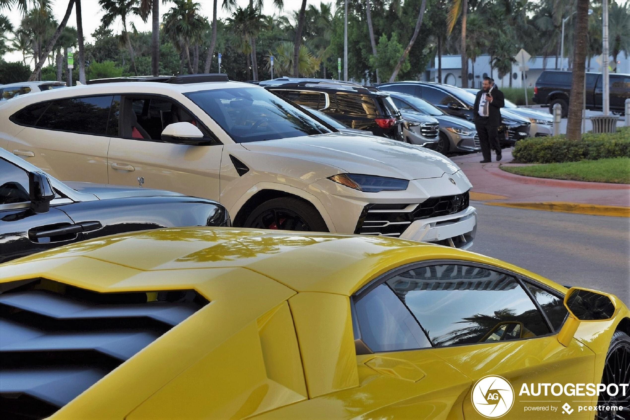 Spot of the day USA: Lamborghini Urus by Horse-power.