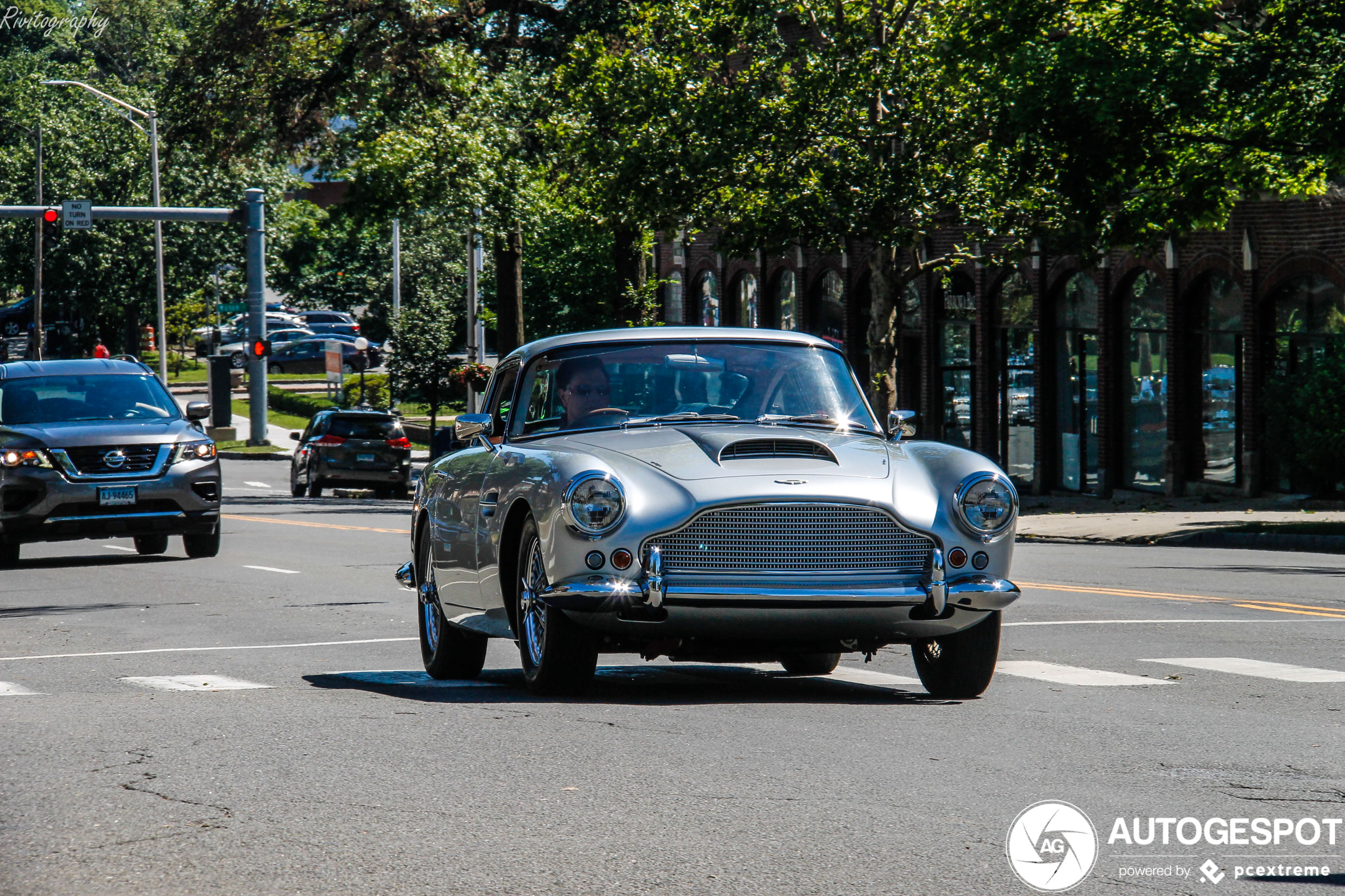 Spot of the day USA: Aston Martin DB4 by Rivitography