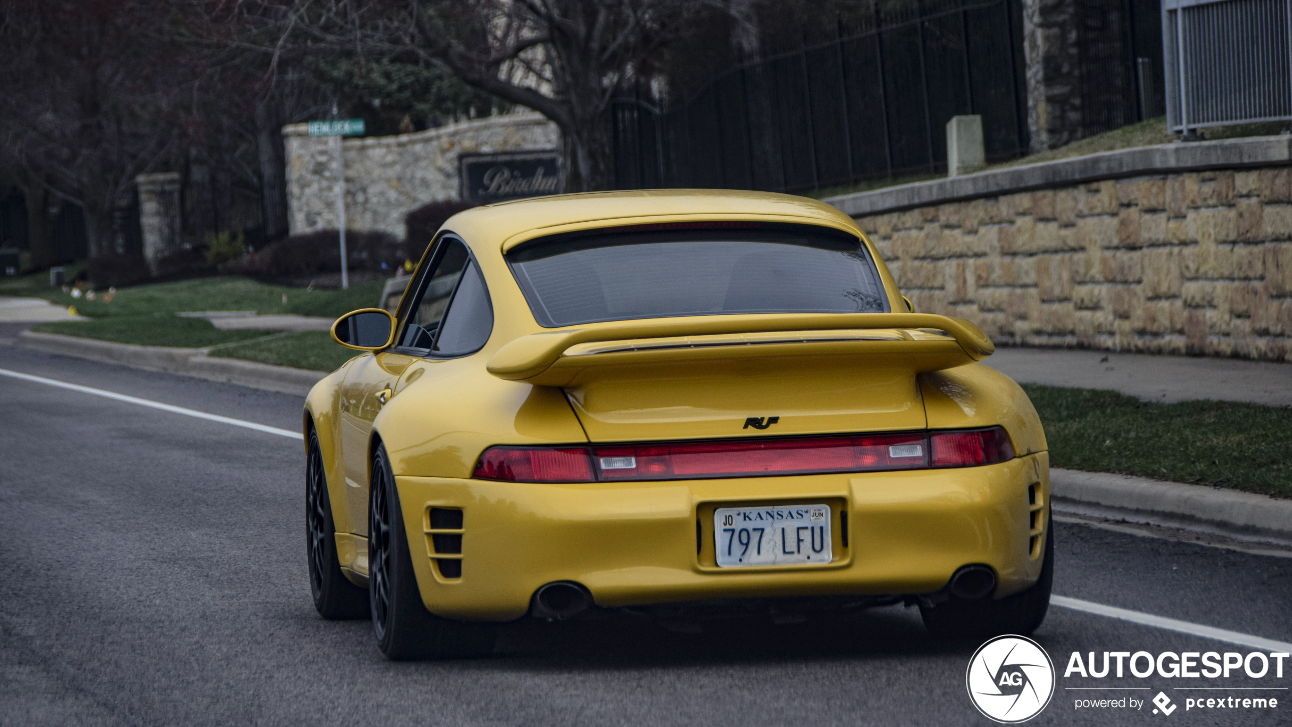 Spot of the day USA: RUF 993 Turbo R by OPspotters.