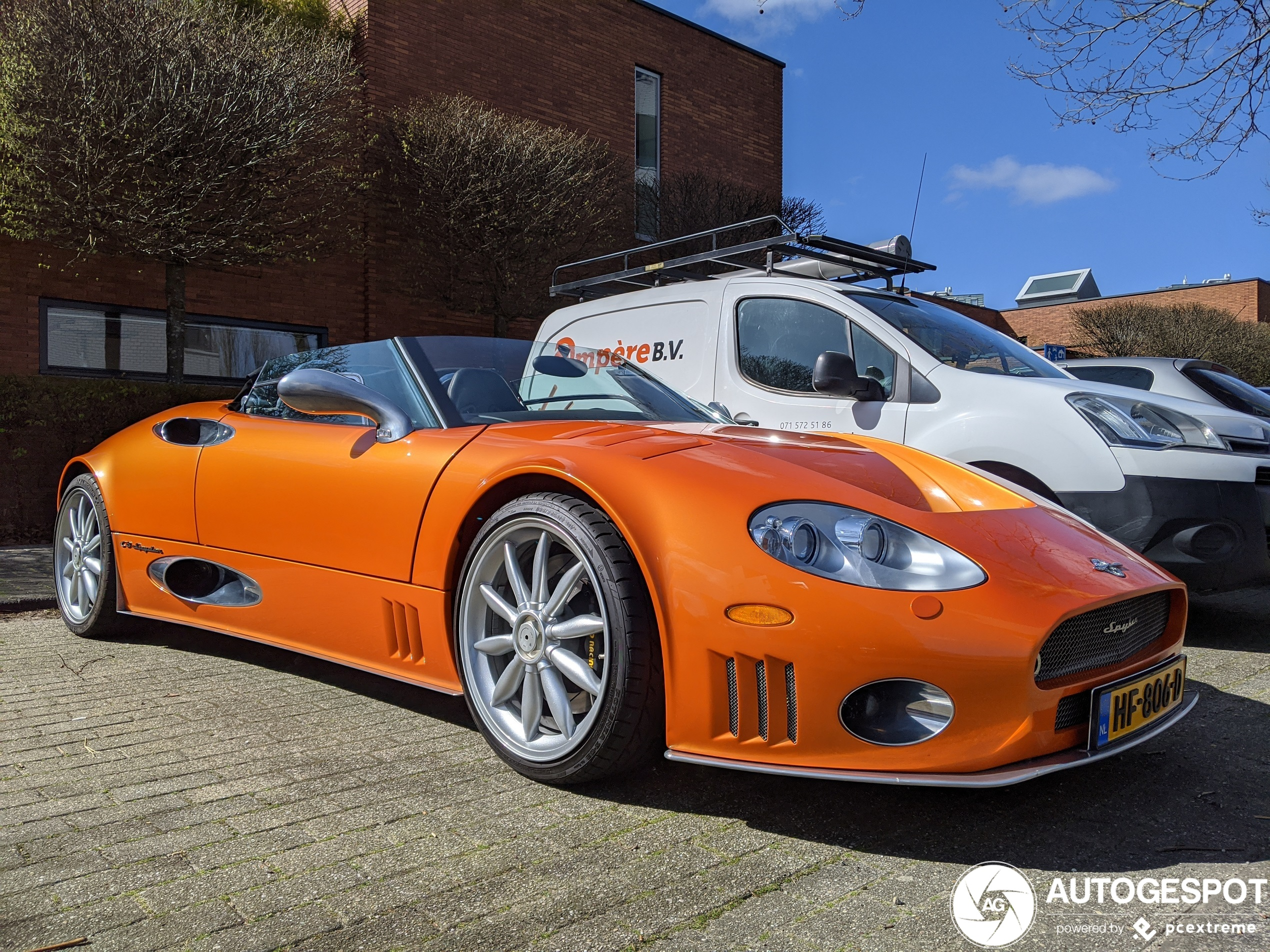 Spot van de dag: Spyker C8 Spyder in Leiden