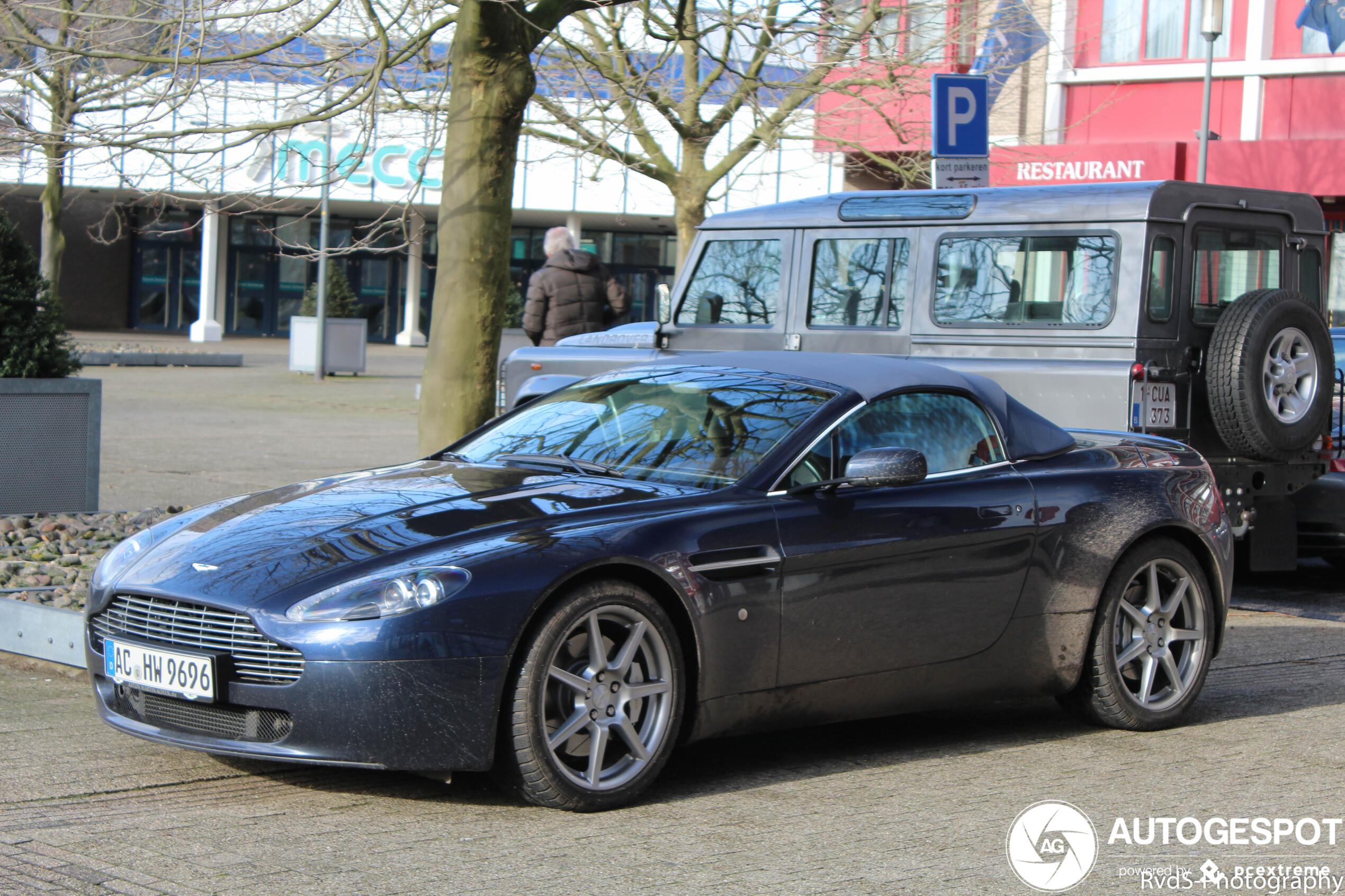 Aston Martin V8 Vantage Roadster 30 March 2020 Autogespot
