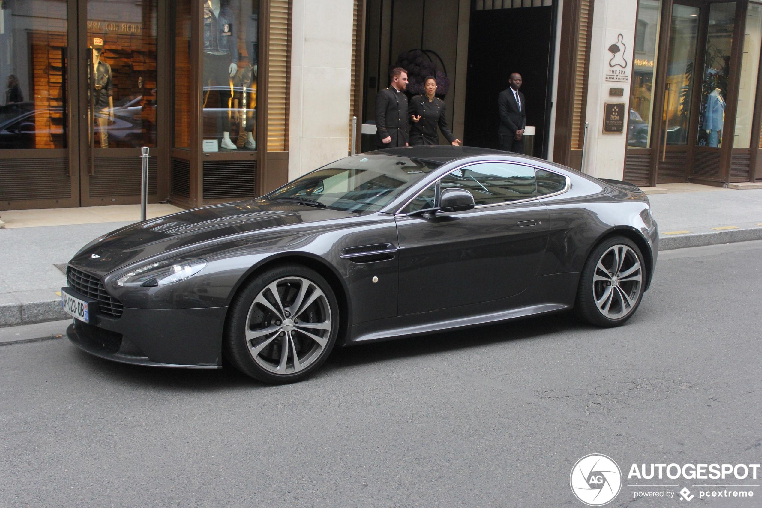 Aston Martin V12 Vantage 31 March 2020 Autogespot