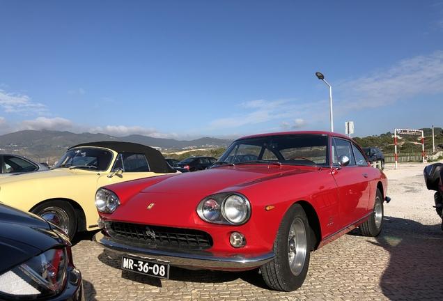 Ferrari 330 GT 2+2 Series I