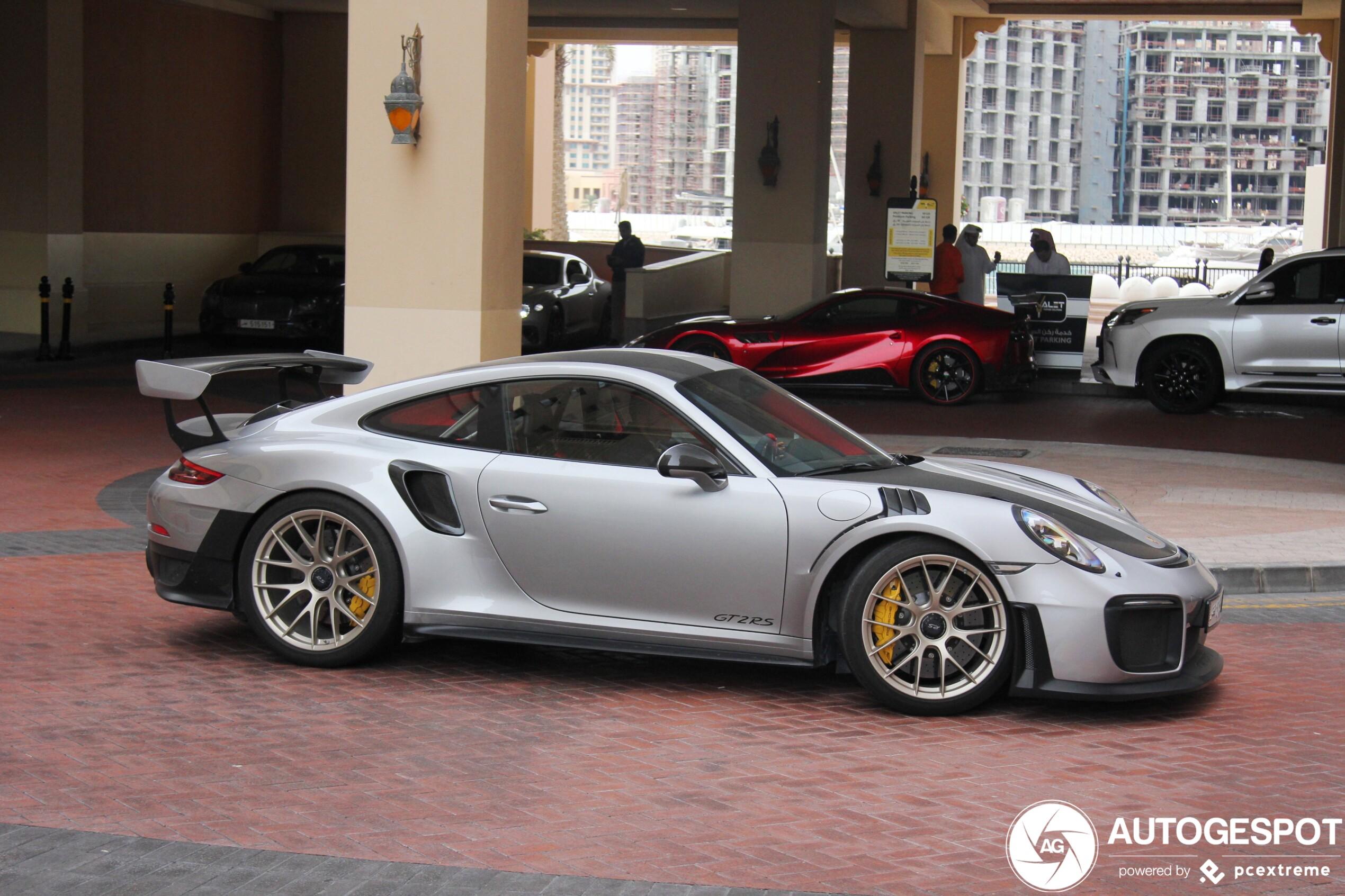 Porsche 991 GT2 RS in goed gezelschap gespot