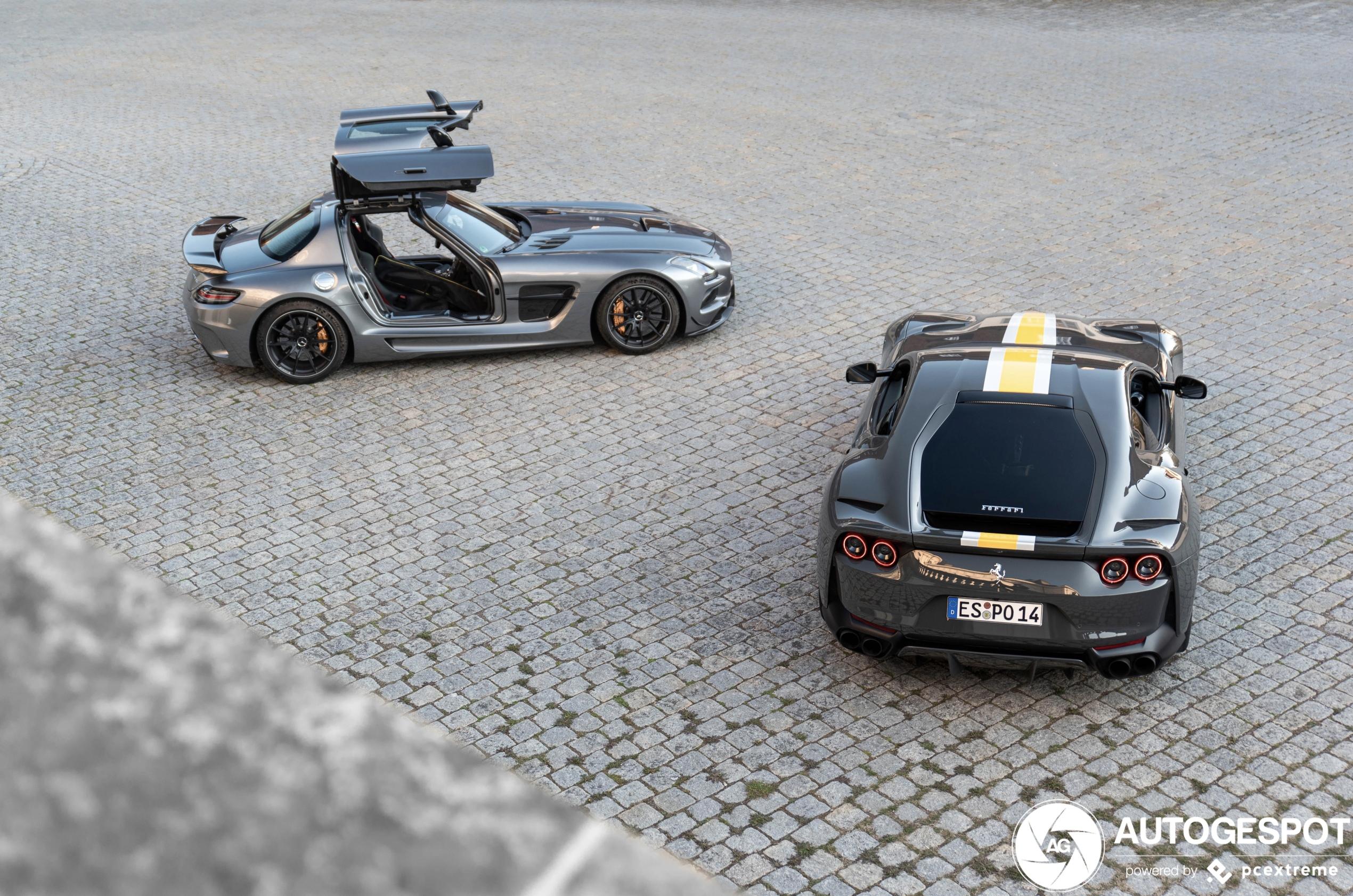 Vingerlikkend: fotoshoot Mercedes-Benz SLS AMG Black Series