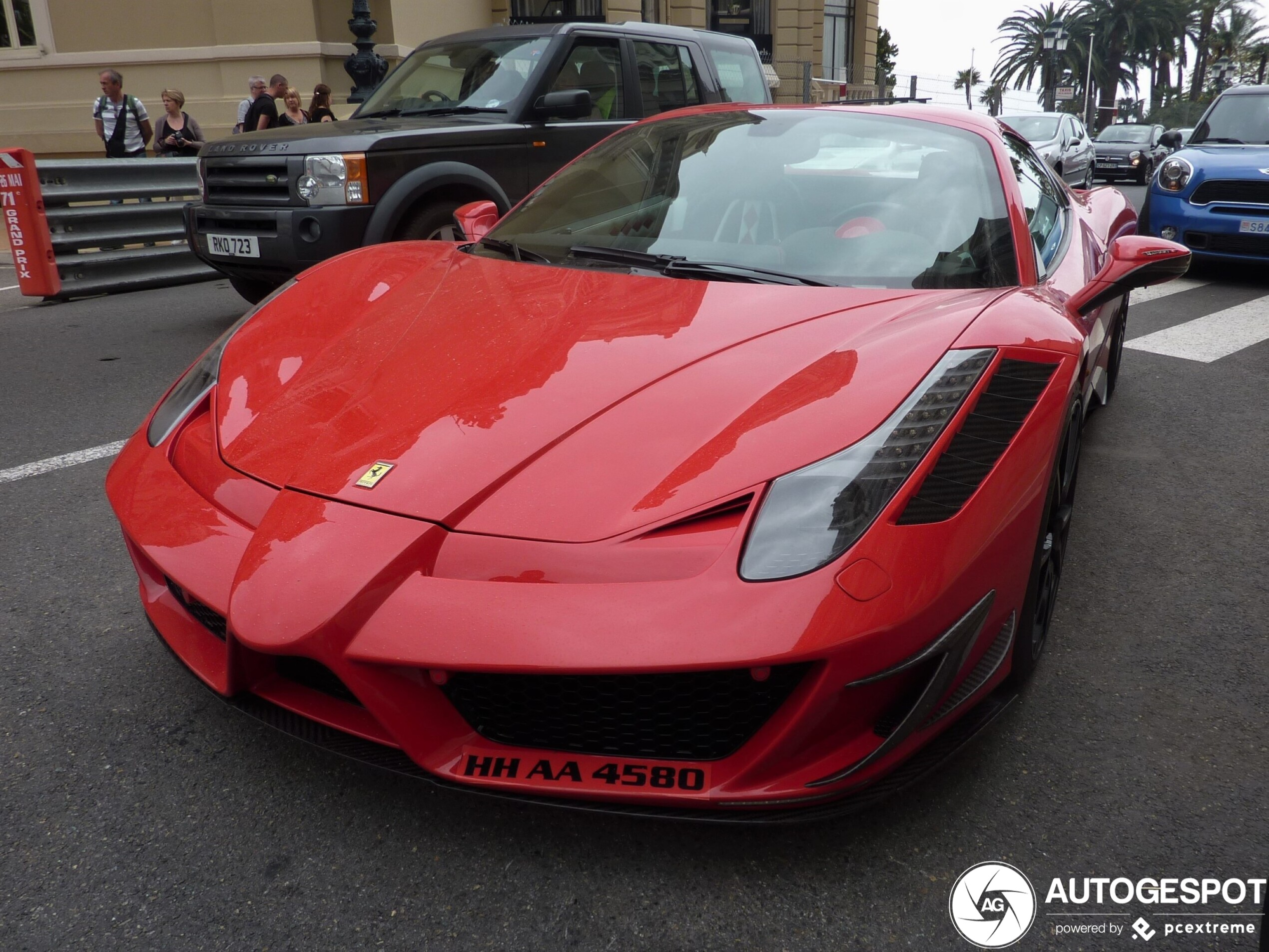 Gelimiteerde Ferrari met speciale bodykit gespot in Monaco