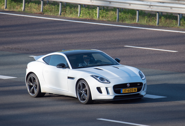 Jaguar F-TYPE S Coupé