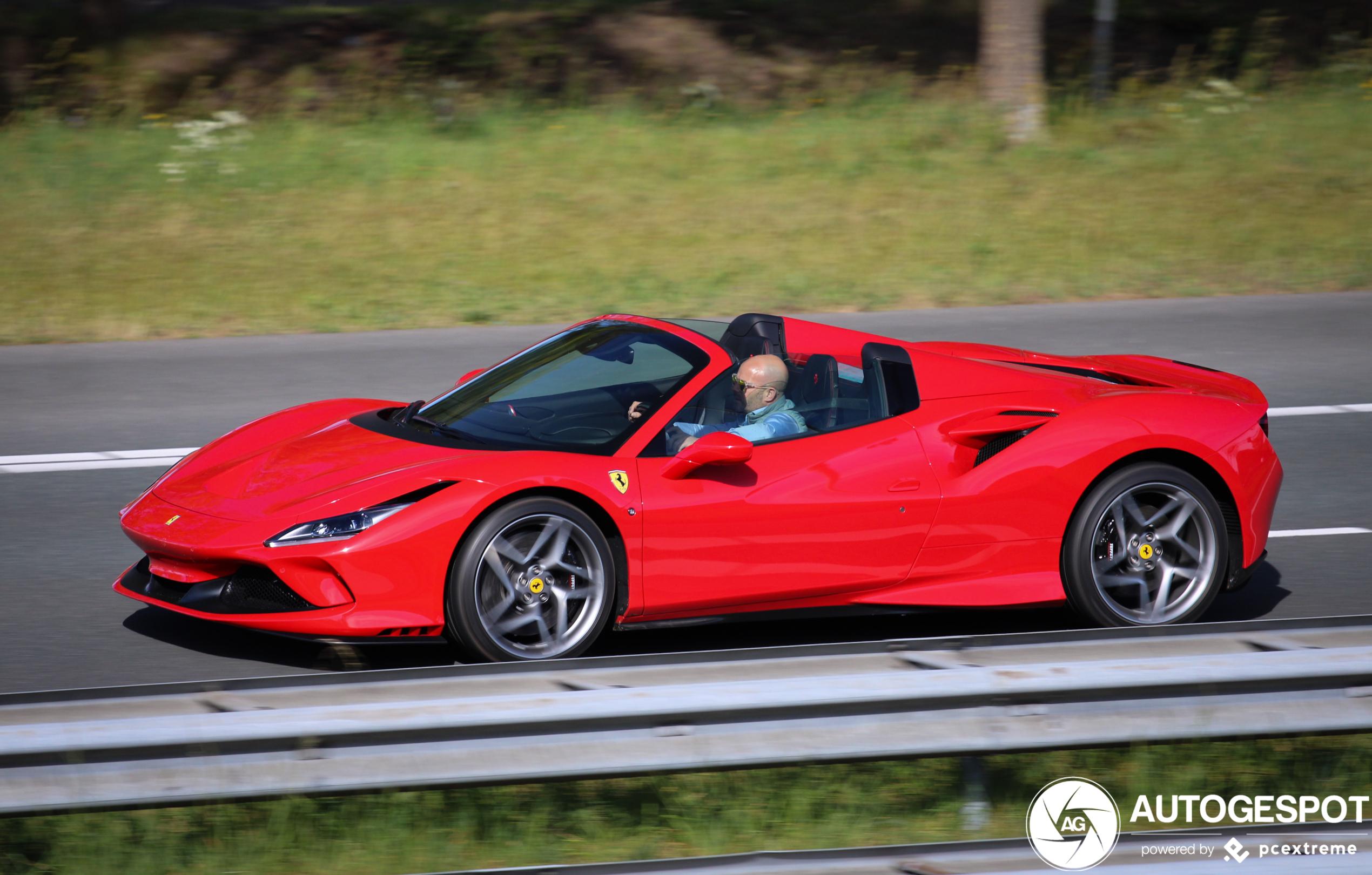 Ferrari F8 Spider 24 April 2020 Autogespot