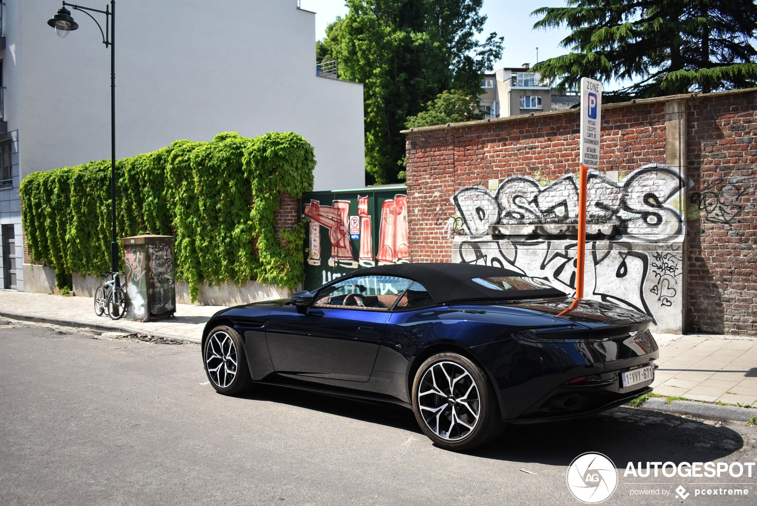 Aston Martin Db11 V8 Volante 9 May 2020 Autogespot