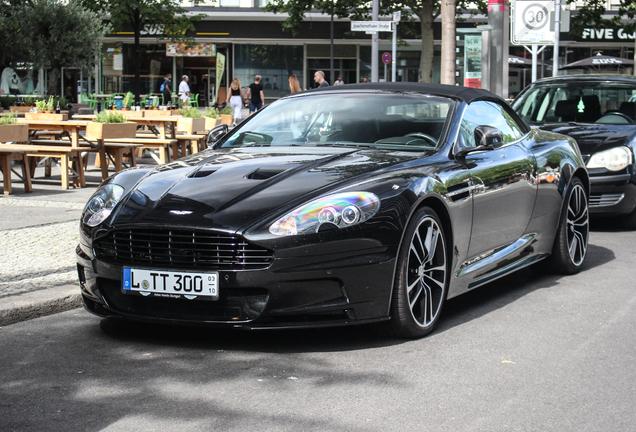 Aston Martin DBS Volante Carbon Black Edition