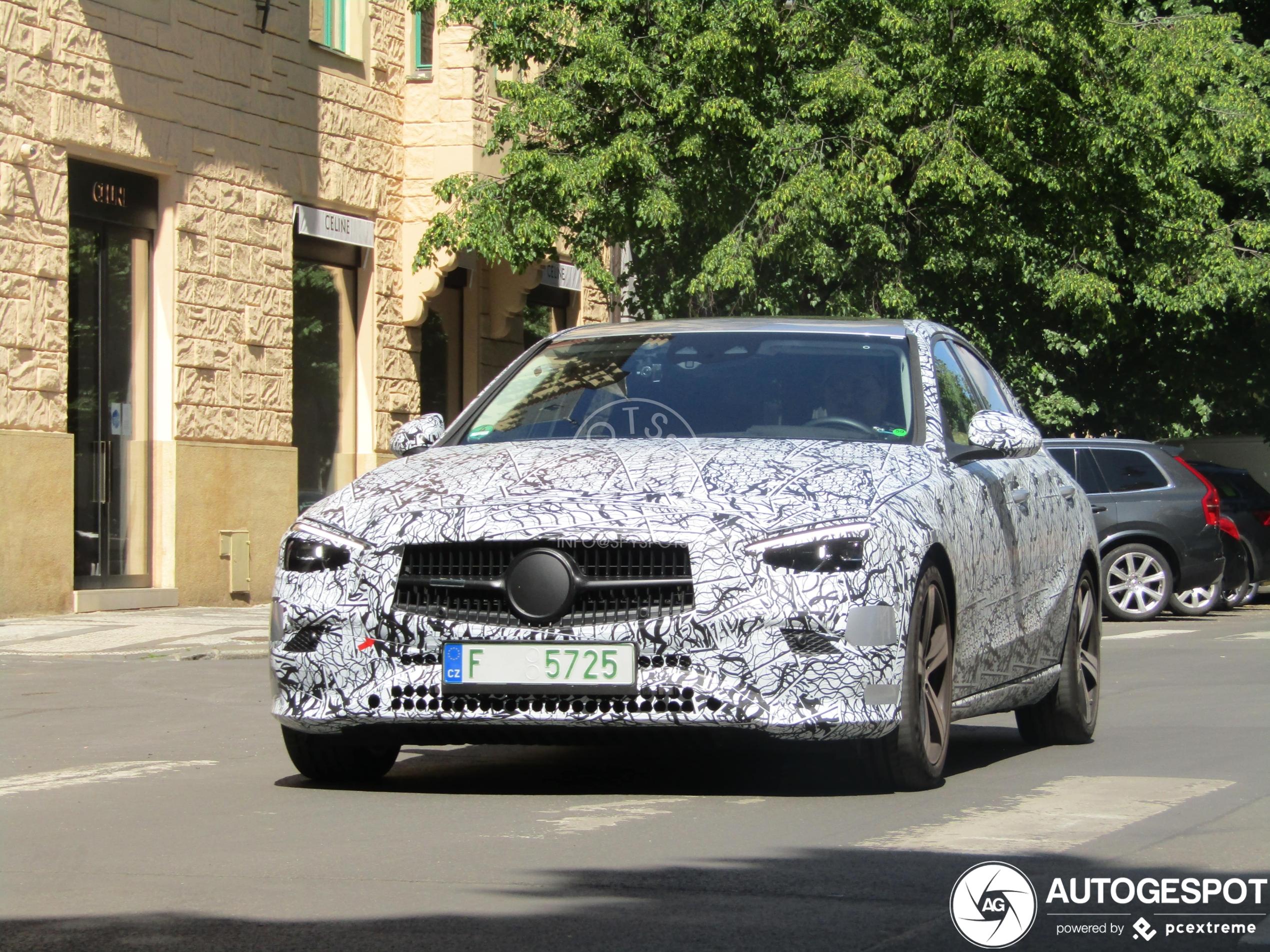 2021 Mercedes-Benz Clase C (W206) 46