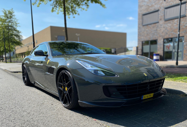 Ferrari GTC4Lusso T Novitec Rosso