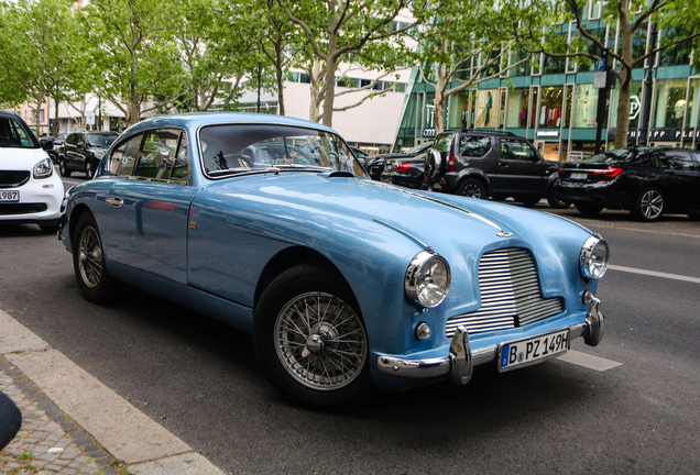 Aston MartinDB2/4 MKII