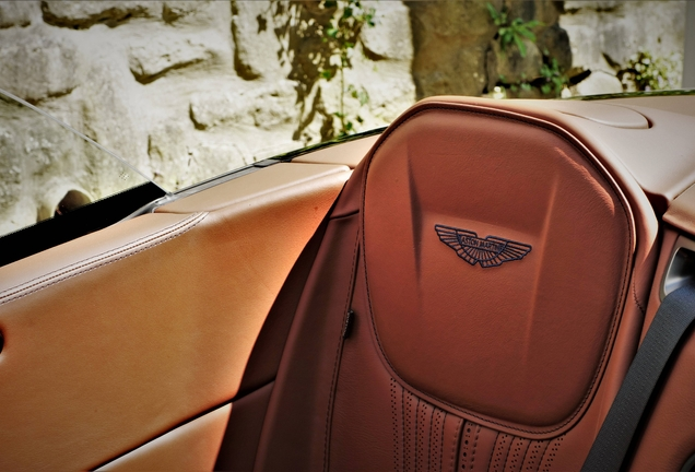 Aston MartinDB11 V8 Volante