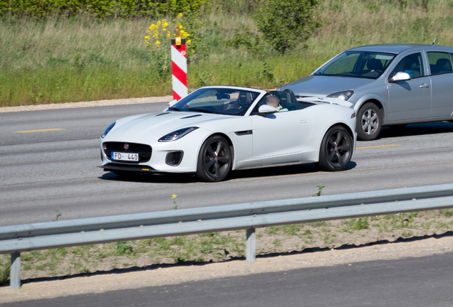 Jaguar F-TYPE 400 Sport Convertible