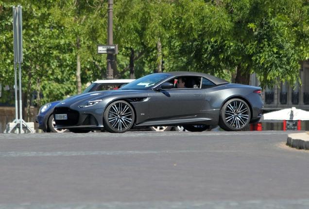 Aston MartinDBS Superleggera Volante