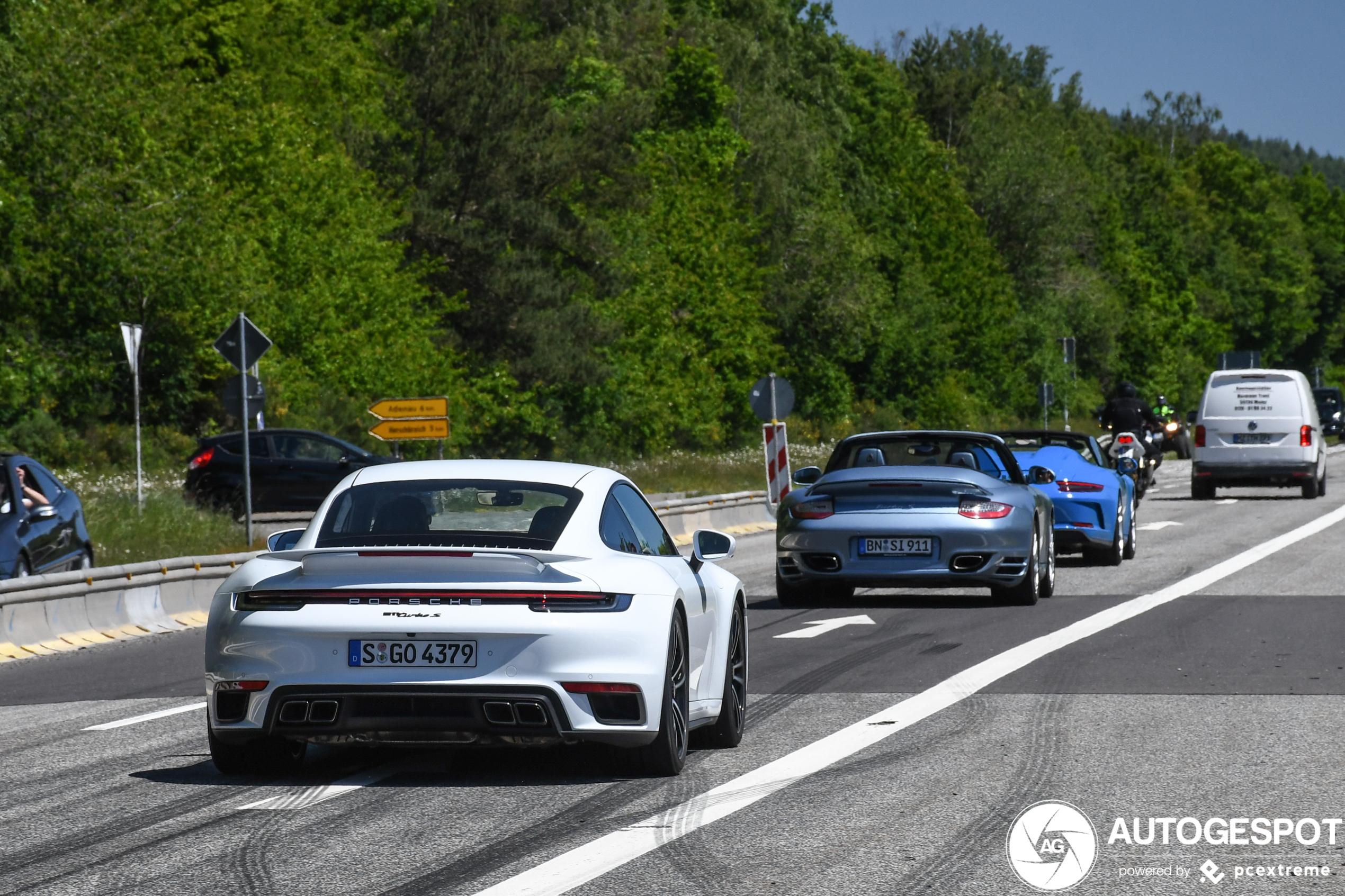 Porsche 992 Turbo S' hebben voor de juiste uitlaten gekozen