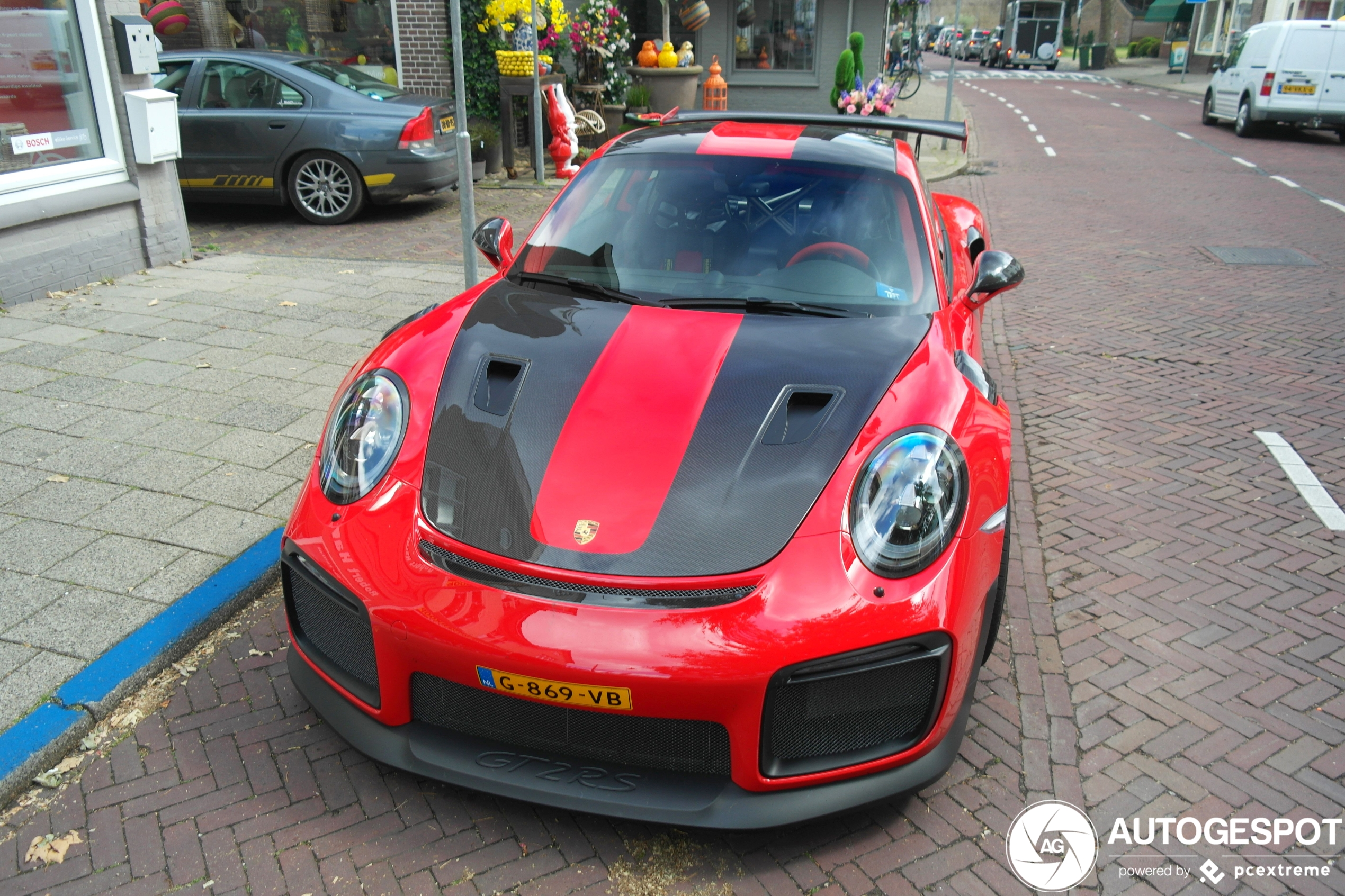 Dit is één van de 31 Nederlandse Porsche 991 GT2 RS