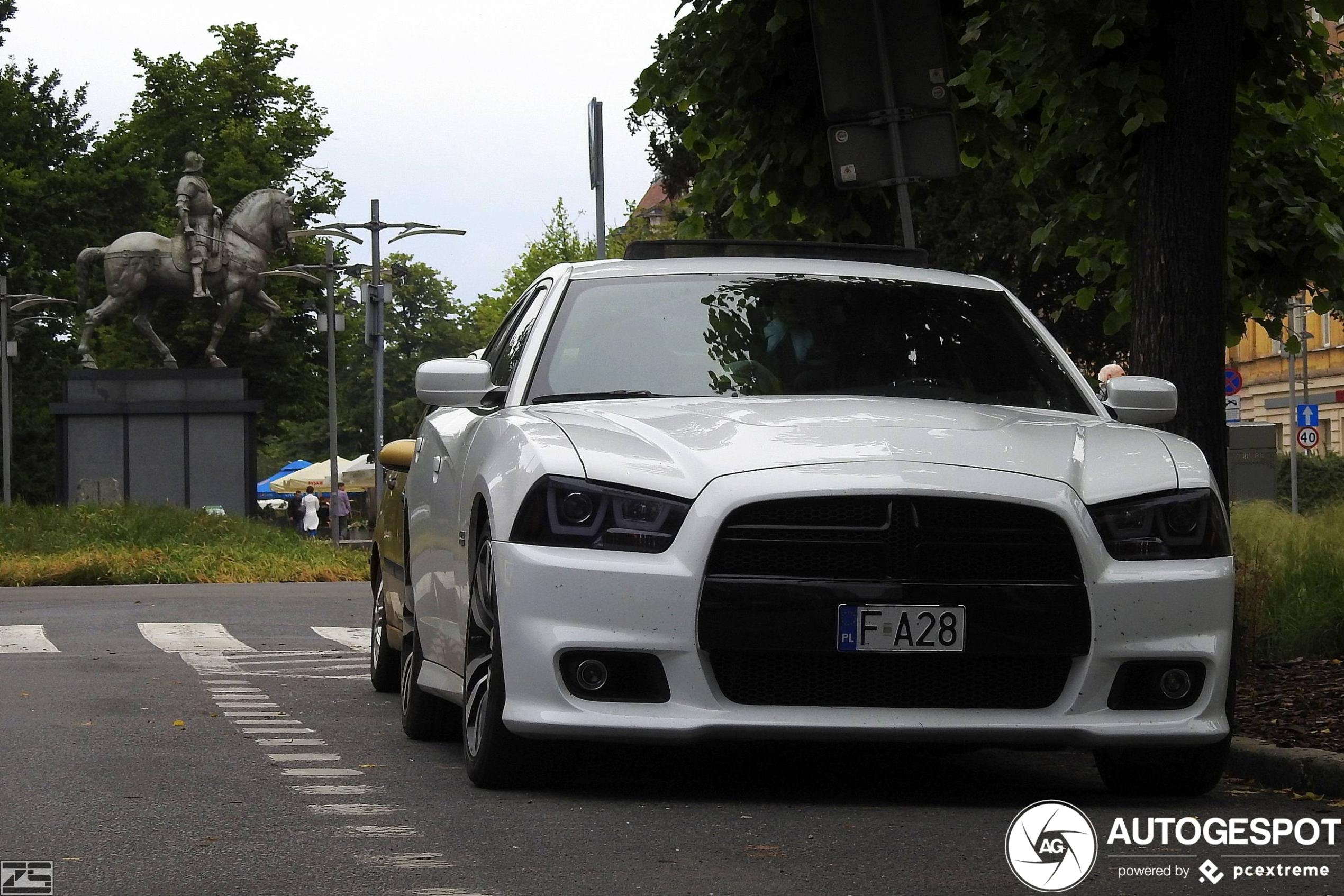 Dodge Charger SRT-8 2012
