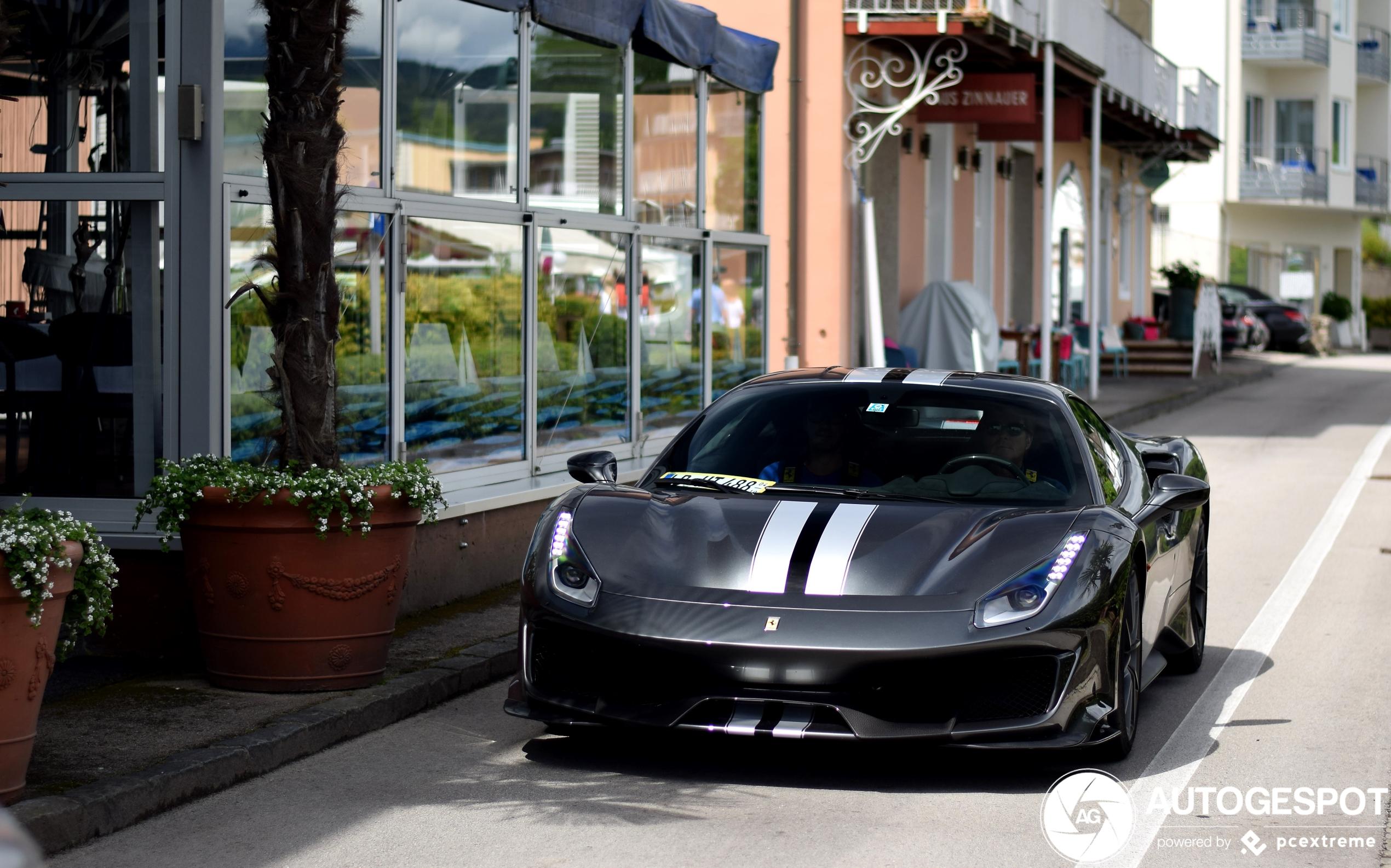 Weer een sloot aan Ferrari's 488 Pista gespot