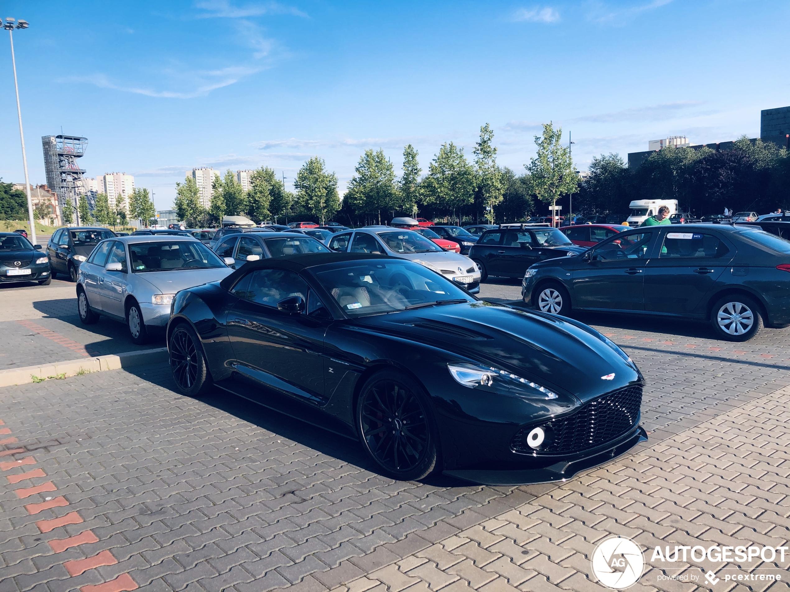 Aston Martin Vanquish Volante Zagato is op zwart gegaan