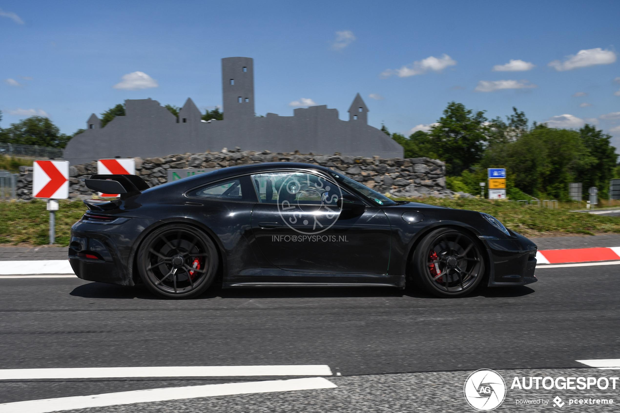 2019 Porsche 911 (992) 34