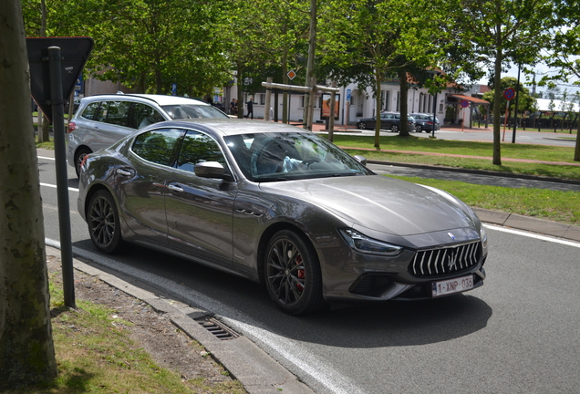 Maserati Ghibli GranSport