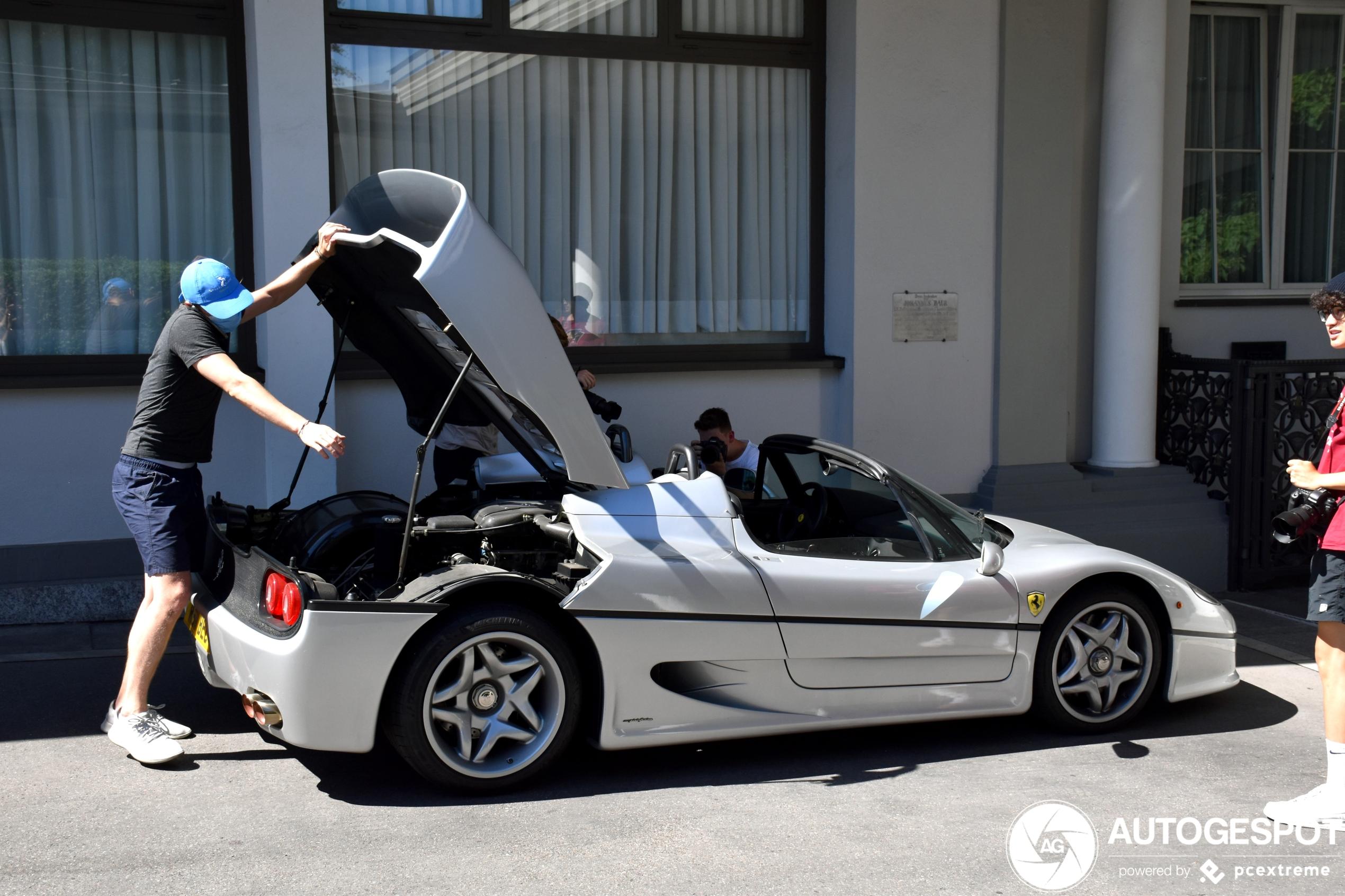 Unique, silver Ferrari F50 shows itself in Zürich