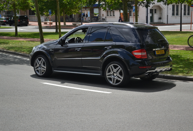 Mercedes-Benz ML 63 AMG W164 2009