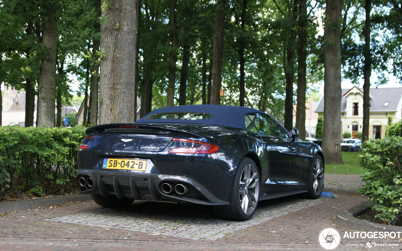 Aston Martin Vanquish S Volante 2017