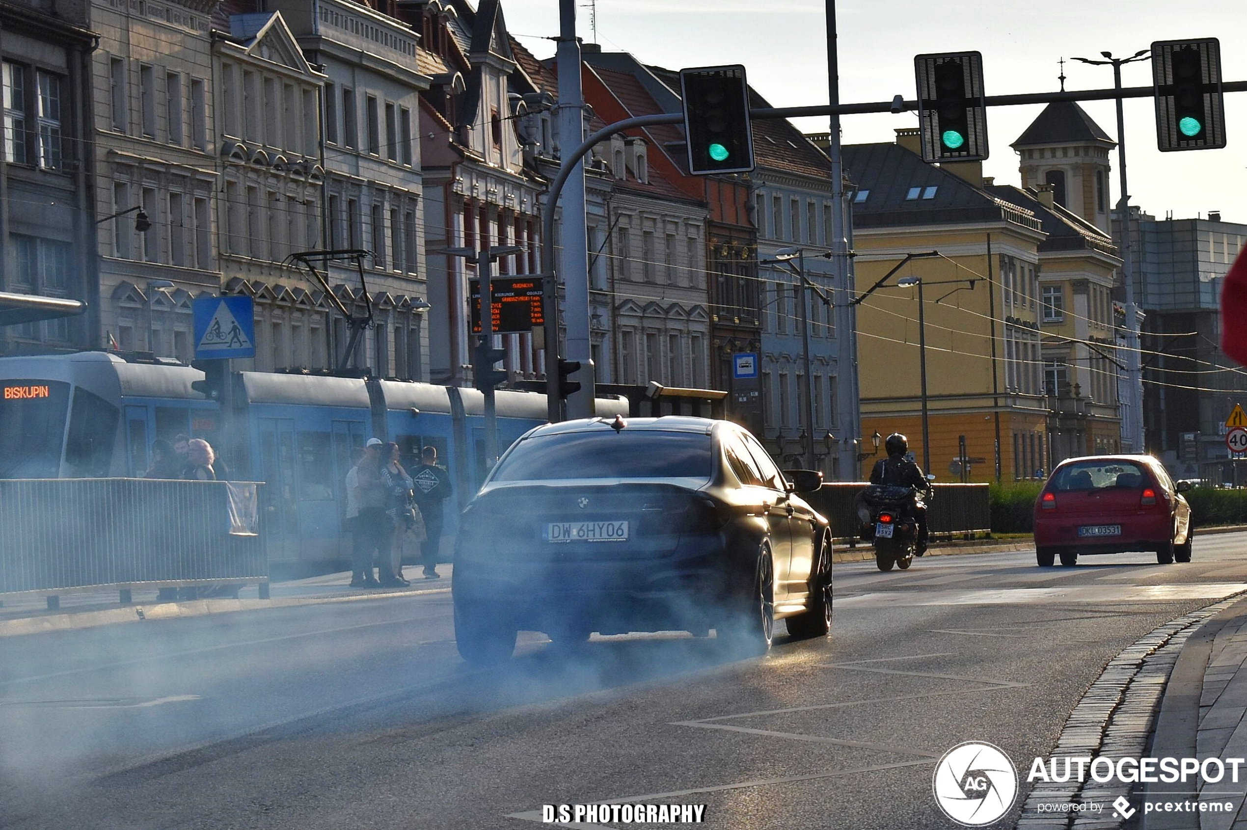 Poolse bestuurders blijven fan van burnouts