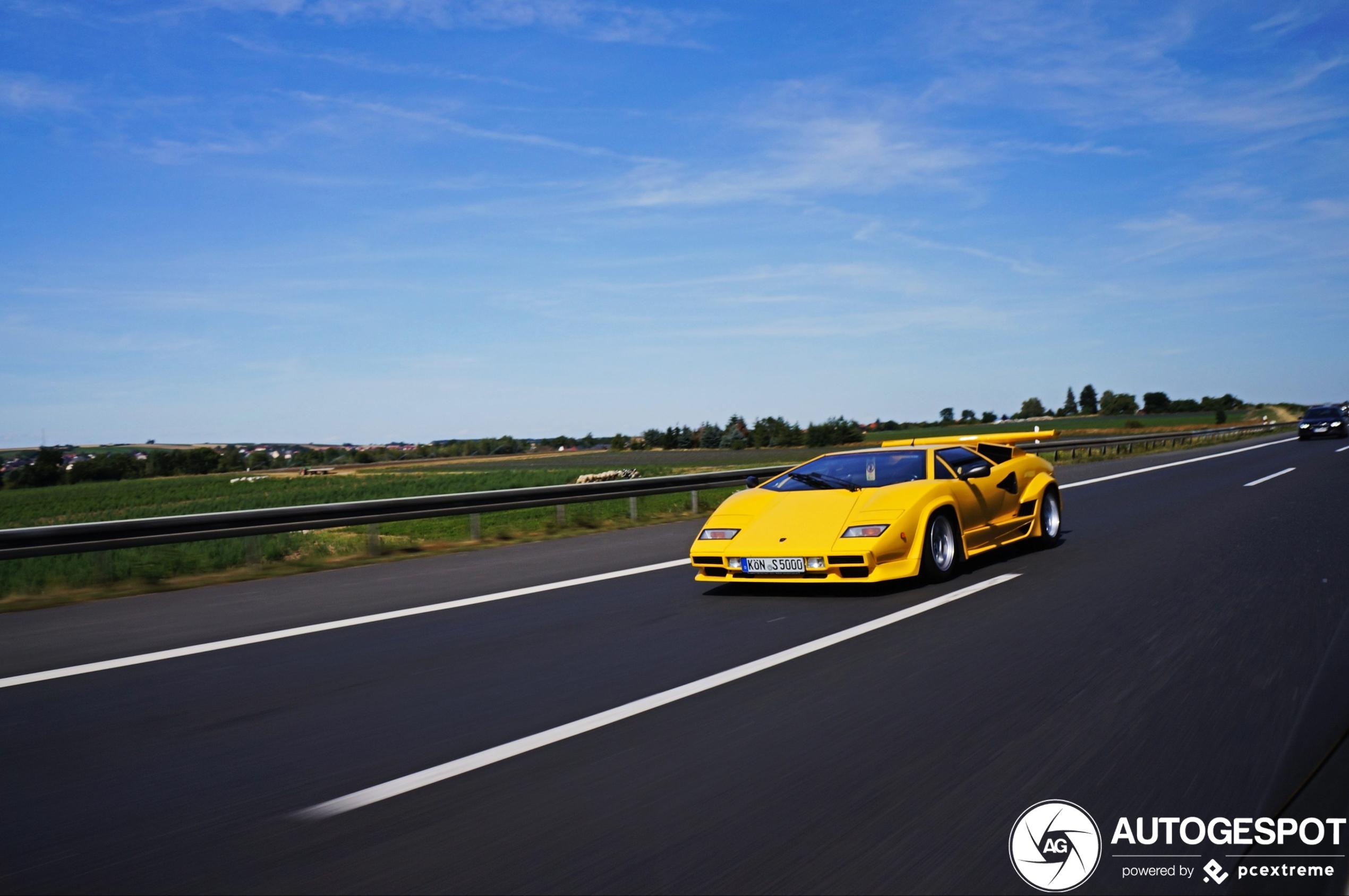 Lamborghini Countach 5000 S is rijdende ufo