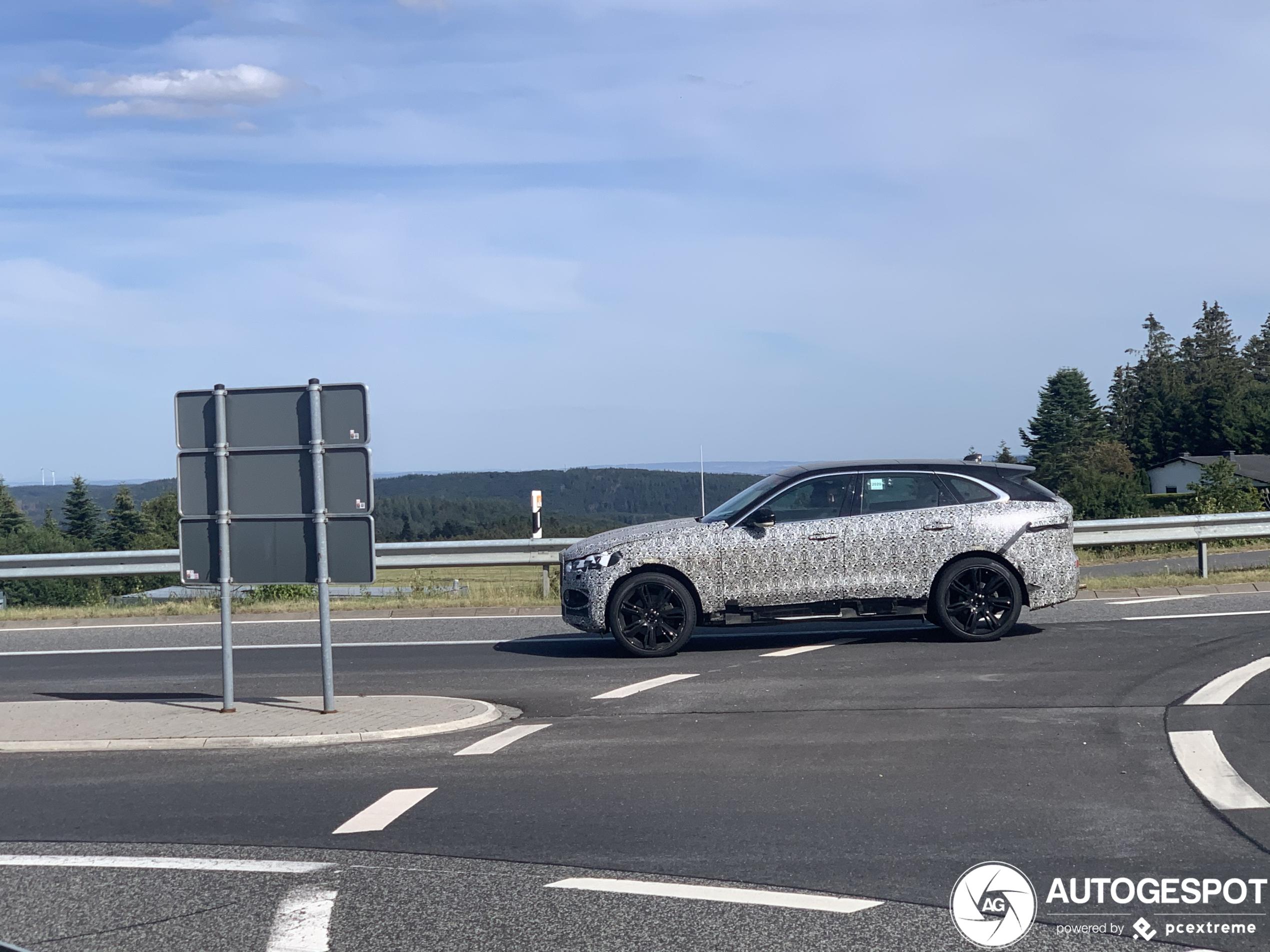 Jaguar F-Pace SVR 2021 - 25 July 2020 - Autogespot